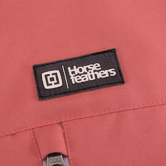 Horsefeathers bunda Ingrid spiced coral - label